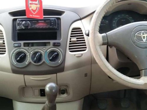 Toyota Innova 2.5 E 2006 MT for sale in Ahmedabad-5