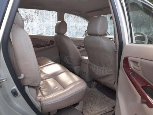 Used Toyota Innova 2006 MT for sale in Surat