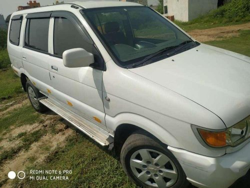 2016 Chevrolet Tavera MT for sale in Chennai