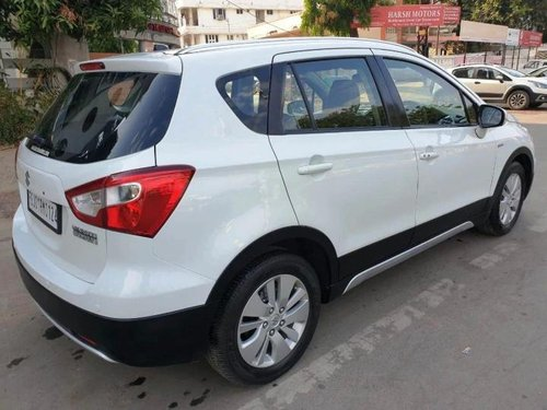 2015 Maruti S-Cross DDiS 200 Alpha MT in Ahmedabad
