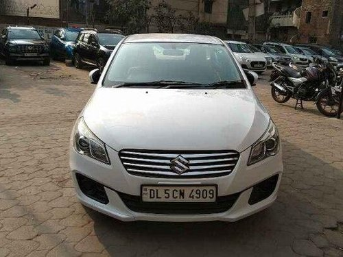 2016 Maruti Ciaz VDi Option SHVS MT in New Delhi
