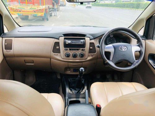 Toyota Innova 2015 MT for sale in Anand