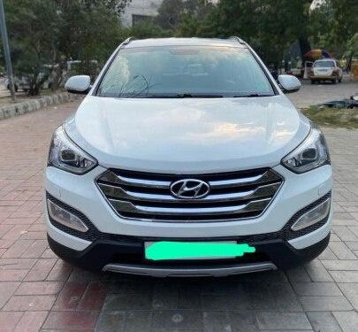 Hyundai Santa Fe 4X2 2014 MT for sale in New Delhi