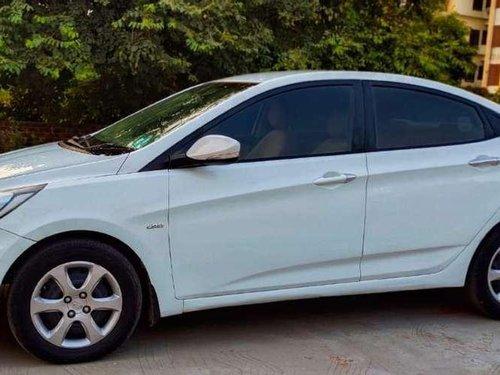 Hyundai Fluidic Verna 2012 MT for sale in Vadodara