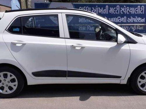 2015 Hyundai Grand i10 Sportz MT in Rajkot