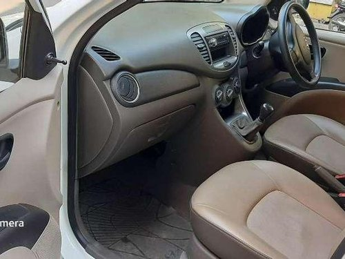Used 2014 Hyundai i10 Era 1.1 MT in Kolkata