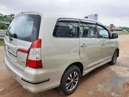 2015 Toyota Innova 2.0 GX 8 STR MT in Pondicherry
