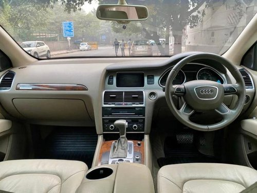 Used 2013 Audi Q7 AT for sale in New Delhi-4