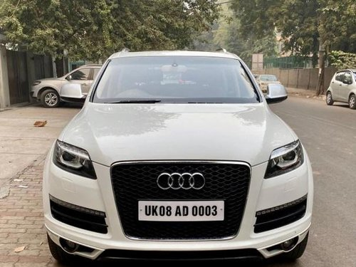 Used 2013 Audi Q7 AT for sale in New Delhi