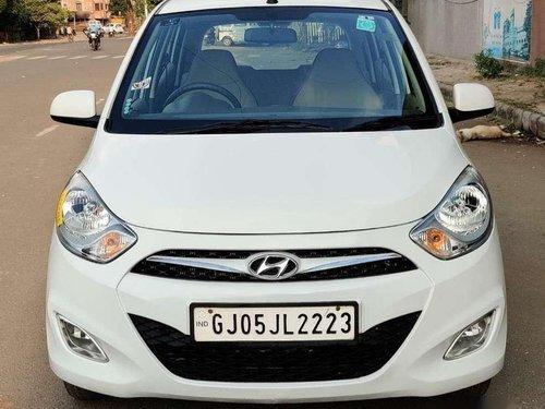 Used Hyundai i10 Sportz 2015 MT for sale in Surat
