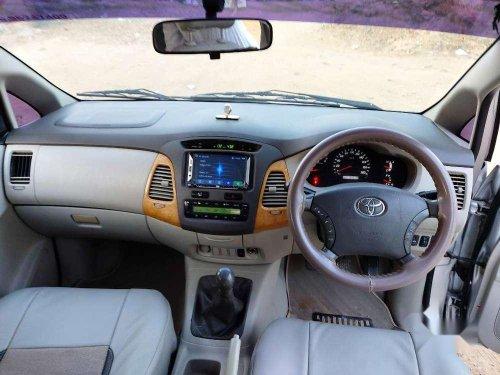 Used Toyota Innova 2.5 VX 8 STR 2011 MT in Ahmedabad