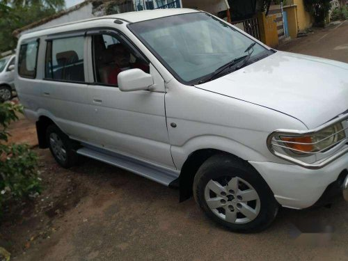 Chevrolet Tavera Neo 3 LS, 2014, MT for sale in Chennai