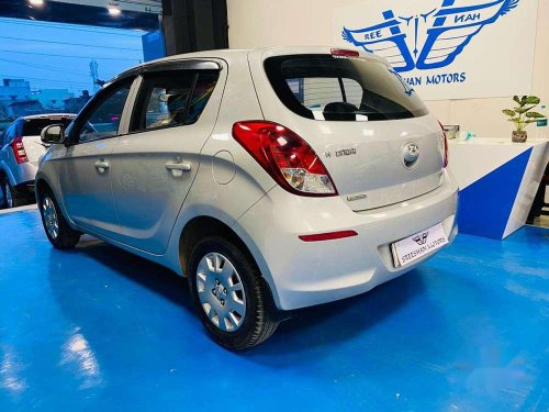 Used 2013 Hyundai i20 MT for sale in Chennai -7