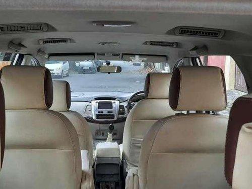 Toyota Innova 2.5 V 7 STR, 2012, Diesel MT in Nagar