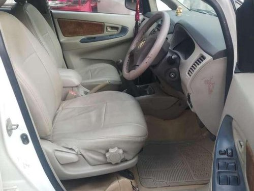Toyota Innova 2.5 G BS IV 8 STR, 2009, Diesel MT in Hyderabad