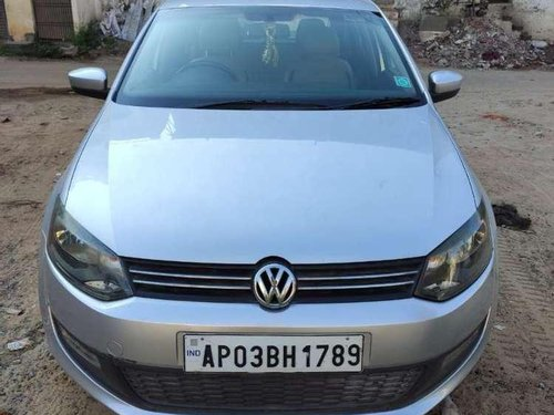 Volkswagen Polo Highline Diesel, 2014, Diesel MT in Nellore-3