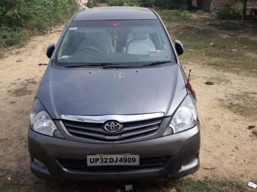 2010 Toyota Innova MT for sale in Lucknow