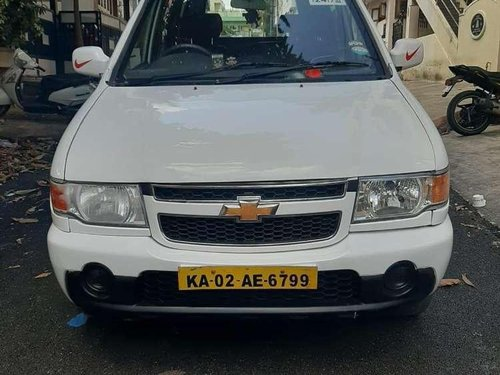 Used Chevrolet Tavera 2015 MT for sale in Nagar