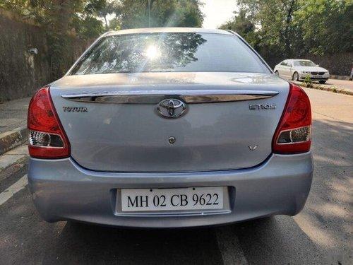 2011 Toyota Etios Liva V MT for sale in Mumbai