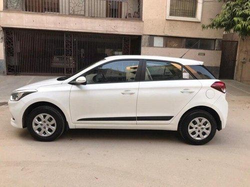 2016 Hyundai i20 1.2 Sportz MT in New Delhi