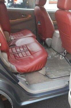 2010 Toyota Innova 2.5 VX 8 STR MT for sale in Bangalore