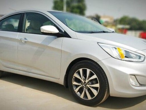 Hyundai Verna 1.6 SX VTVT 2014 MT for sale in Ahmedabad -4