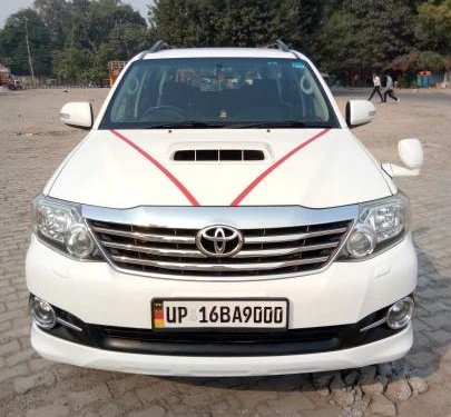 2015 Toyota Fortuner 4x4 MT for sale in New Delhi