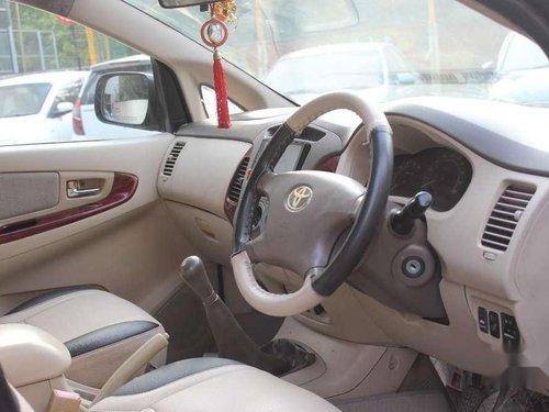 Toyota Innova 2.5 V 8 STR, 2006 MT for sale in Mumbai