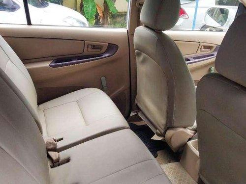 Toyota Innova 2.5 G 8 STR BS-III, 2005, Diesel MT in Chennai