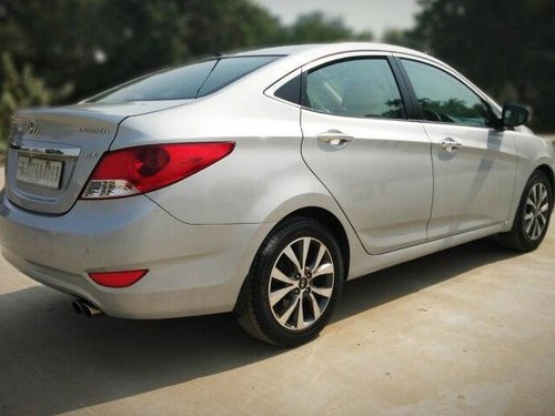 Hyundai Verna 1.6 SX VTVT 2014 MT for sale in Ahmedabad -3