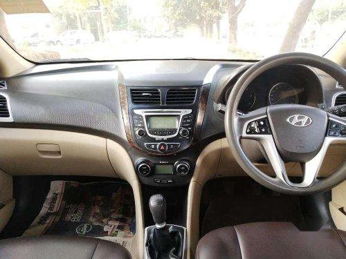 Hyundai Verna Fluidic 1.6 CRDi EX, 2011, Diesel MT in Chandigarh