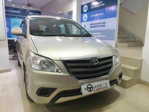 Used 2016 Toyota Innova MT for sale in Kolkata