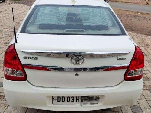 Used Toyota Etios GD 2014 MT for sale in Navsari