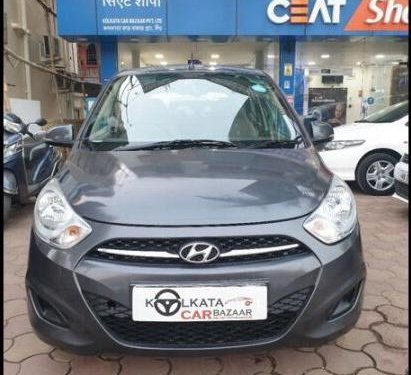 Hyundai i10 Magna 2012 MT for sale in Kolkata