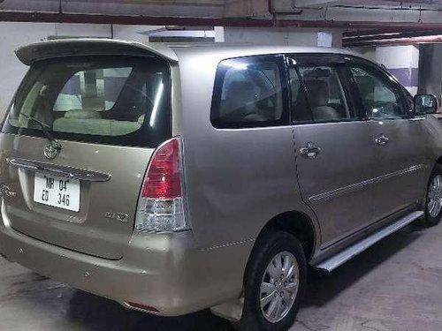 Toyota Innova 2.5 V 8 STR, 2010, MT for sale in Mumbai