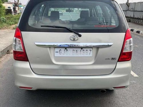 Used Toyota Innova 2013 MT for sale in Anand
