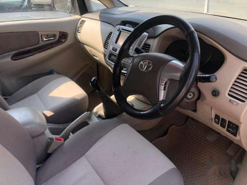 Used Toyota Innova 2.5 V 8 STR, 2013 MT for sale in Anand
