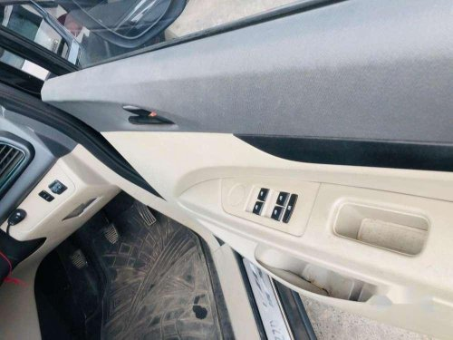 Used 2019 Mahindra Marazzo MT for sale in Kolkata-9
