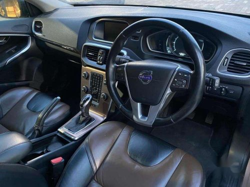 Used Volvo V40 D3 Kinetic, 2014 AT for sale in Chennai