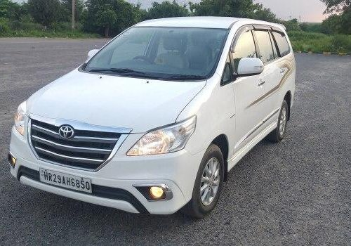 Used Toyota Innova 2014 MT for sale in Faridabad-11
