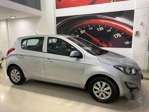 Used 2012 Hyundai i20 MT for sale in Mumbai -10