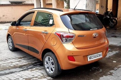 Hyundai Grand i10 Sportz 2016 MT for sale in Kolkata -2