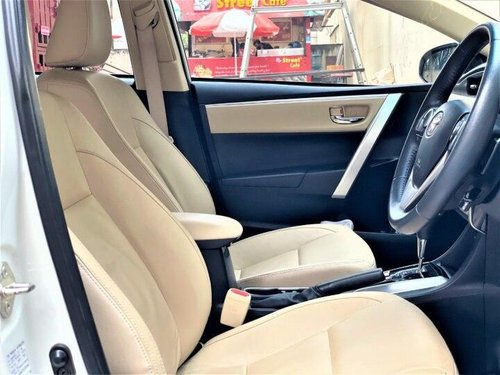 Toyota Corolla Altis 1.8 VL AT 2019 AT for sale in Kolkata