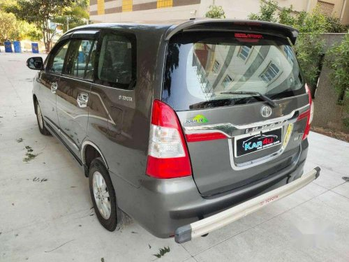 Toyota Innova 2.5 ZX 7, 2014, MT for sale in Hyderabad