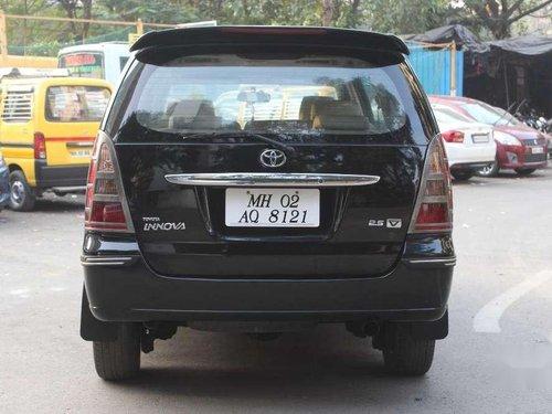 Toyota Innova 2.5 V 8 STR, 2006, MT for sale in Mumbai