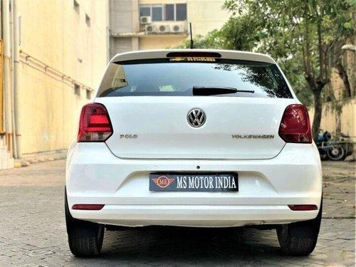 Volkswagen Polo 1.2 MPI Highline 2015 MT in Kolkata