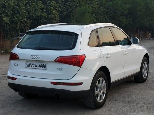 Used 2010 Audi Q5 AT for sale in New Delhi