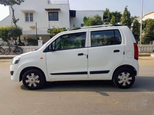 Maruti Suzuki Wagon R LXI 2014 MT in Ahmedabad