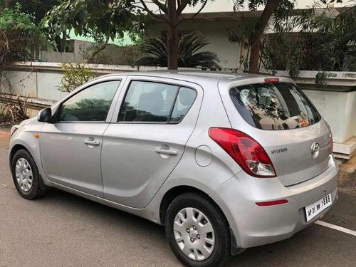Used Hyundai i20 2012 MT for sale in Visakhapatnam -8