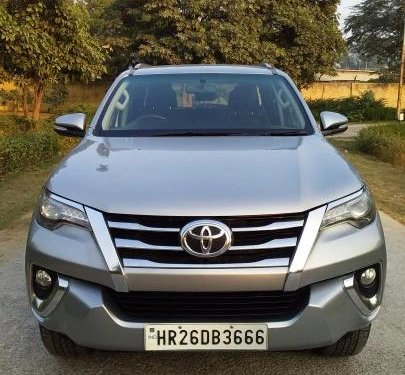 Toyota Fortuner 2.8 4WD AT BSIV 2017 AT for sale in New Delhi